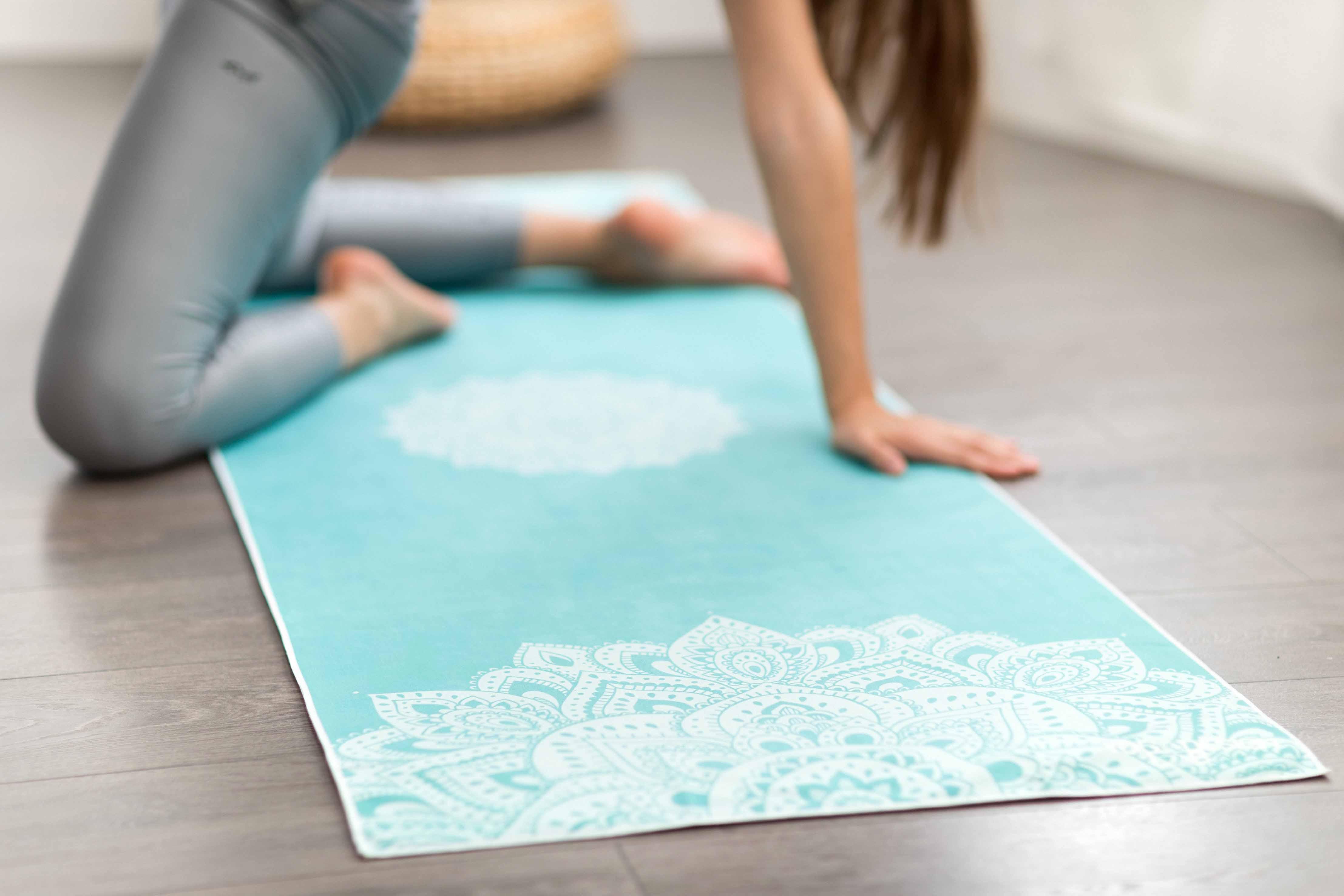 168a8a5ea1 Yoga Design Lab Mat Towel Mandala Turquoise | YogaGuru.cz