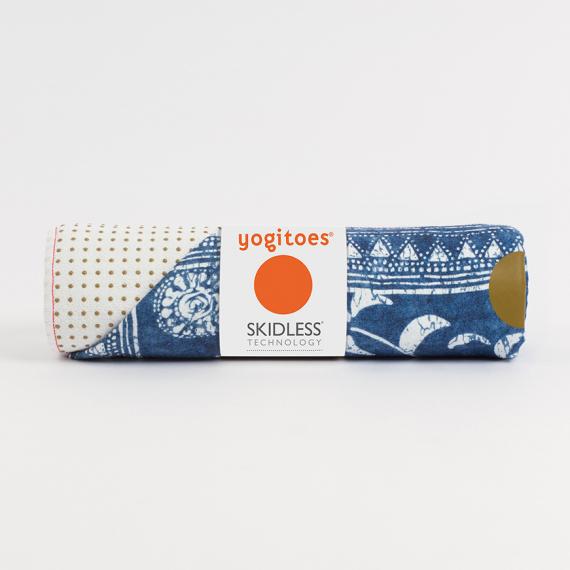 Velký ručník na jógu se silikononovými body Manduka yogitoes® Gejia