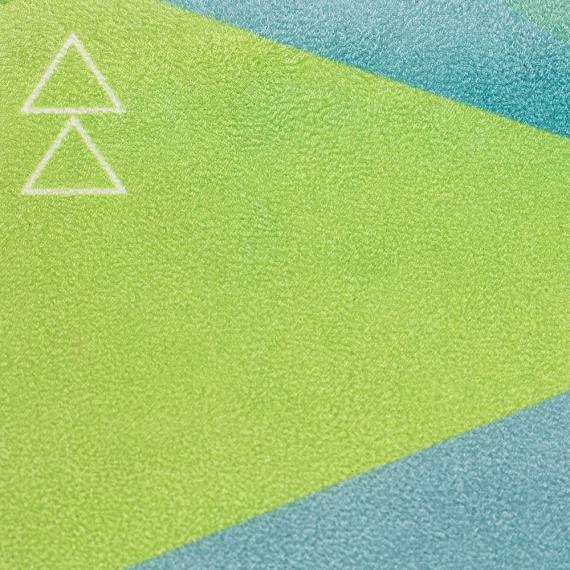 Cestovní designová jogamatka Yoga Design Lab Travel Mat 1 mm Geo