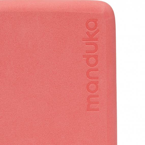 Cestovní minibloček Manduka Mini Travel Foam Block Clay
