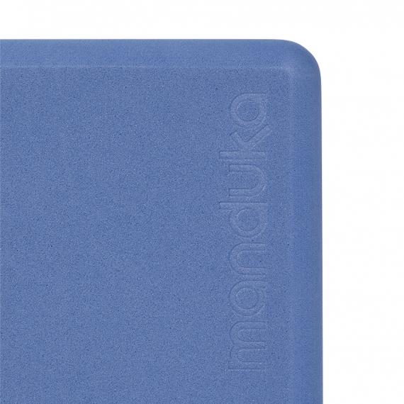 Bloček na jógu Manduka Foam Block Shade Blue