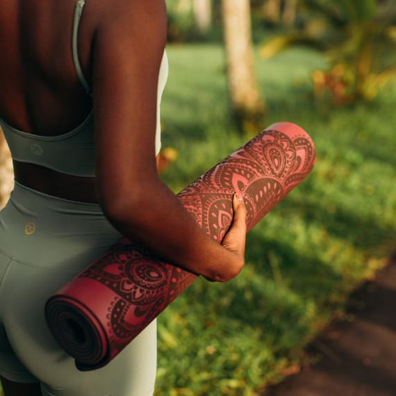 Kaučuková jogamatka Yoga Design Lab Infinity Mat 5mm Mandala Burgundy