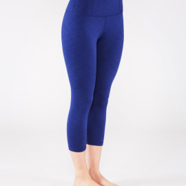 Manduka Essential Capri Legging Blueberry