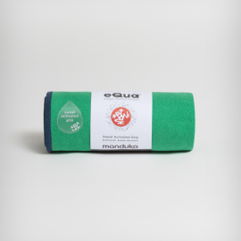 Manduka eQua® Hand Towel Tortuga