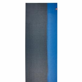 Manduka eKO SuperLite™ Travel Mat Midnight Stripe 172 cm