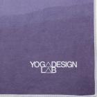 Ručník na jógu Yoga Design Lab Mat Towel Breathe